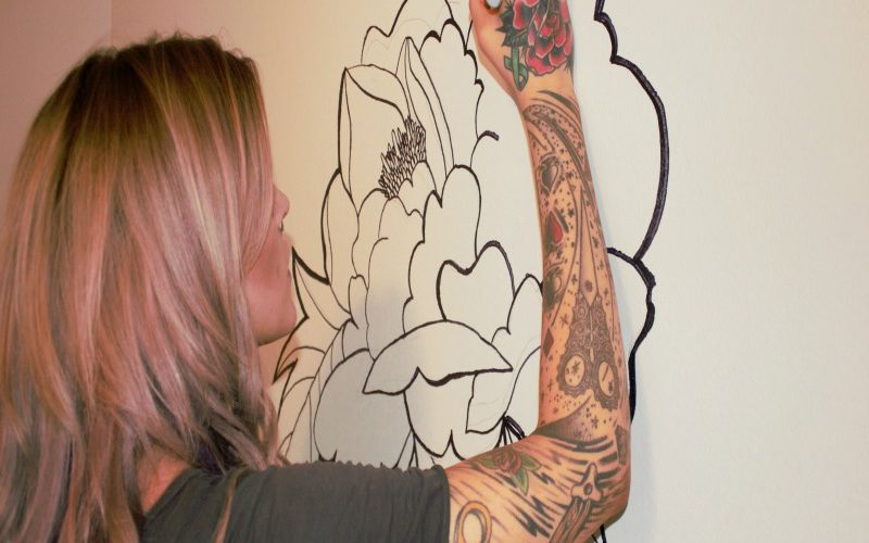DIY On a Budget! How to Create A Floral Wall Mural with a Sharpie
