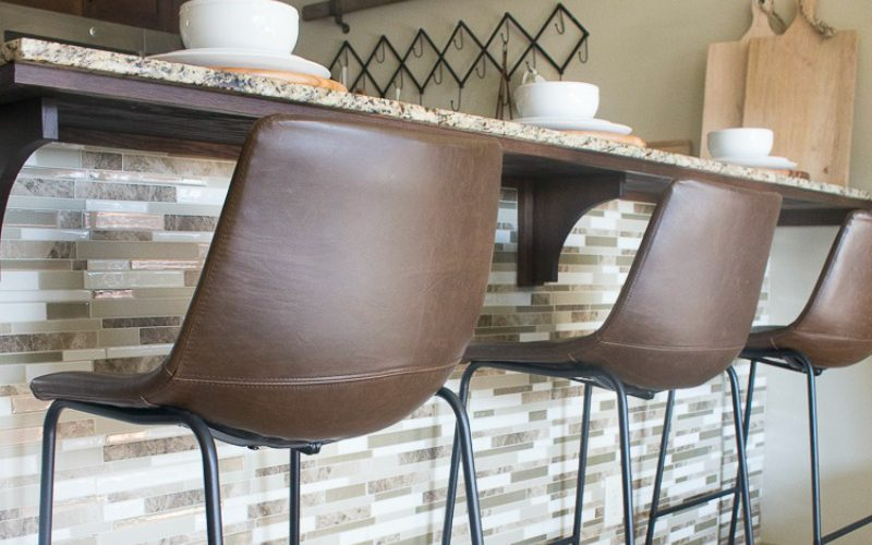 How to DIY a Smart Tiles Backsplash in less than an hour!